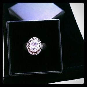 Real silver 925 ring with sirconias
